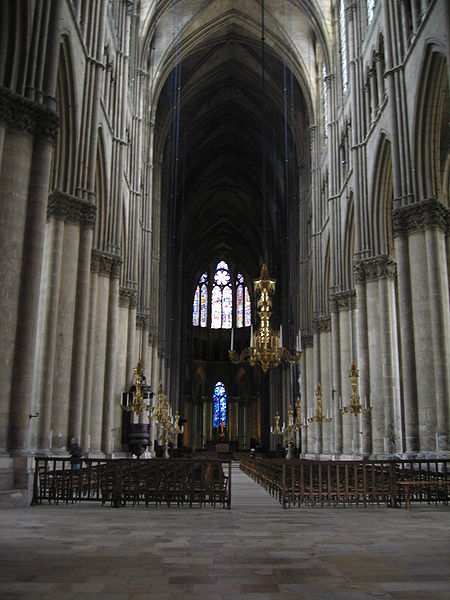 450px-Reims_Cathedral,_interior_(1)