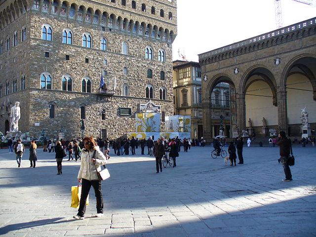 640px-Piazza_della_signoria_12.jpg