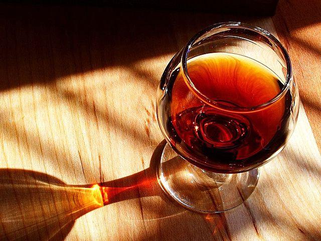 640px-Port_wine.jpg