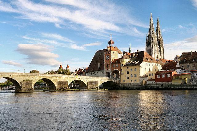 640px-Regensburg_08_2006_2.jpg