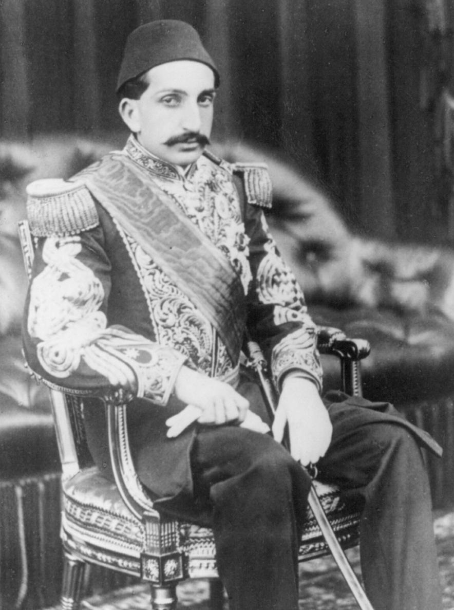 Abdul_Hamid_II_in_Balmoral_Castle_in_1867.jpg