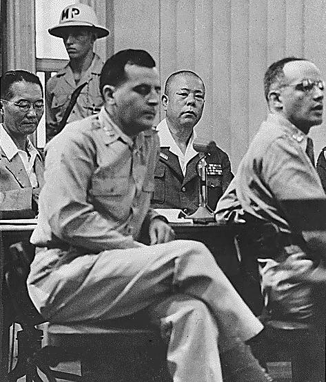 Japanese_General_Tomoyuki_Yamashita_02.jpg