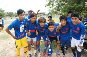 サッカー大会24