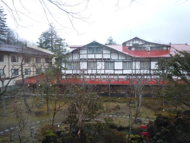 万平ホテル 中庭