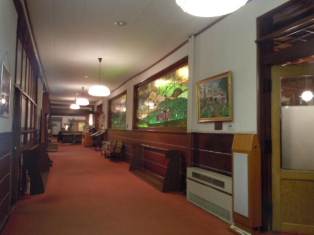 万平ホテル 廊下
