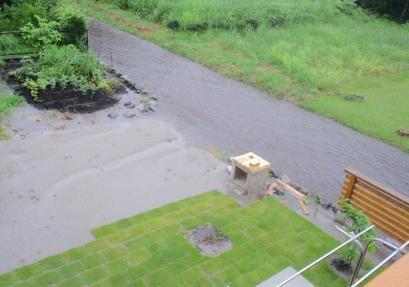 河川氾濫201308093