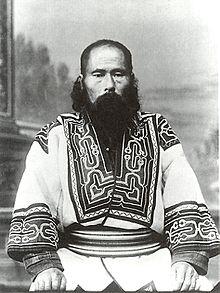 220px-Sakhalin_Ainu_Man.jpg