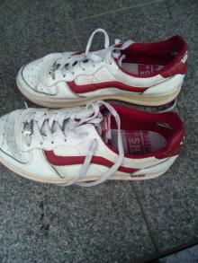 シングル・スマイル ver ブロぐ 最近なんだかストリングス-白山 靴