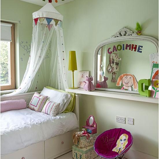 Apple-Green-Girls-Bedroom-Ideal-Home-Housetohome.jpg