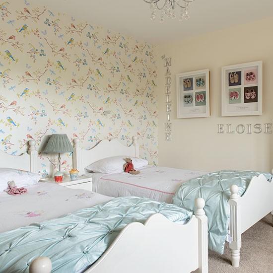 Cream-and-Pale-Aqua-Girls-Bedroom-25-Beautiful-Homes-Housetohome.jpg