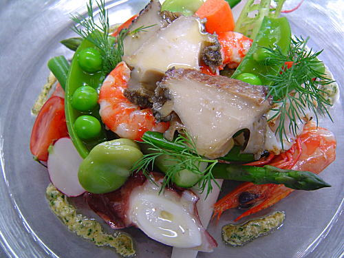 季節の野菜と海の幸のマリネ