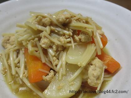 そぼろと根菜の煮物