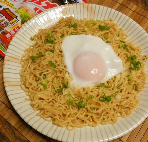 鯨井風汁なし麺8