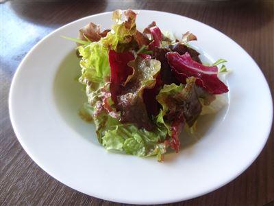 Aランチのサラダ