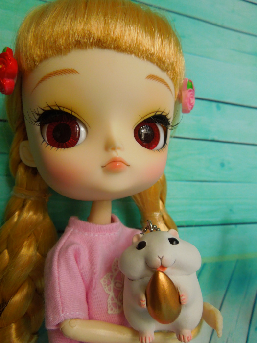 小梅とピンクのワンピ3