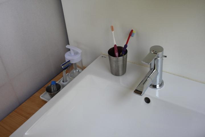 washstand6.jpg