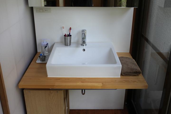 washstand8.jpg