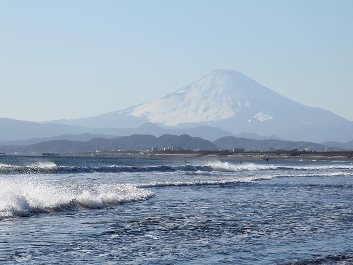 冬の海と富士山 鵠沼より