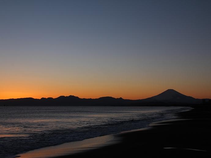 鵠沼海岸 ブルーモーメントの富士山