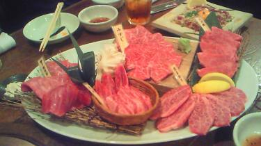 (・肉・)