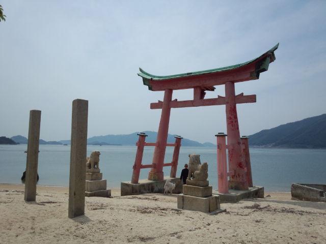 岩子島の鳥居