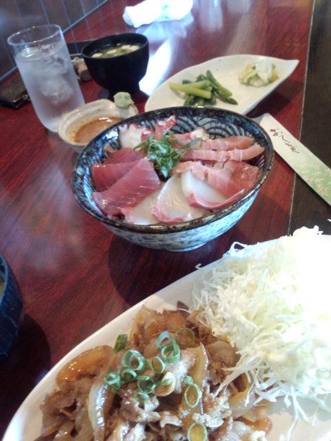 世羅で海鮮丼を食べて