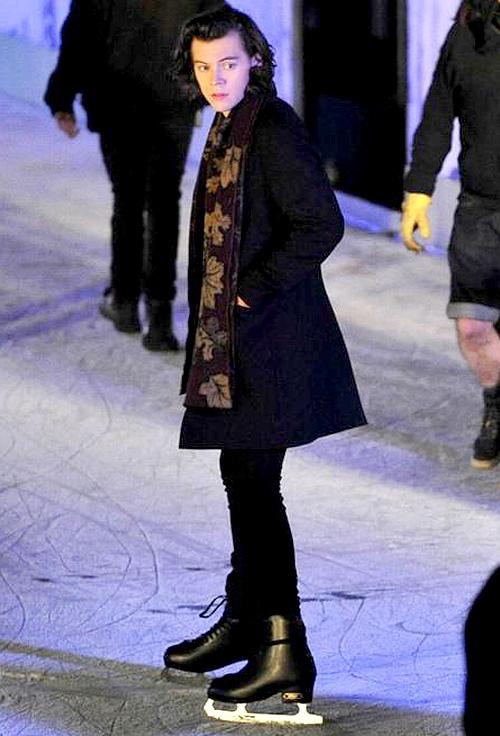 ハリー・スタイルズ(Harry Styles):バーバリープローサム(BURBERRY PRORSUM)