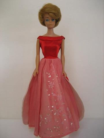 バービー赤ドレス2