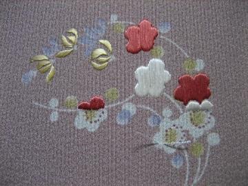 日本刺繍 花丸にあしらい3