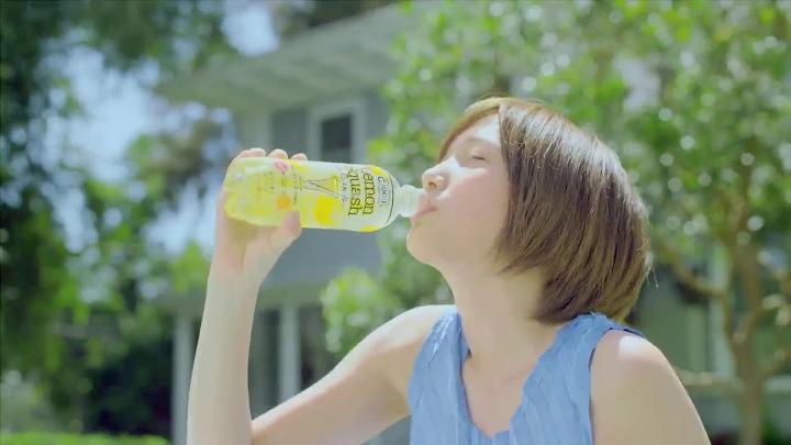 2代目【GTO】神崎麗美(本田翼) レモンスカッシュ、レモンスカッシュを飲む神崎