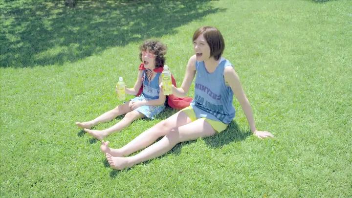 2代目【GTO】神崎麗美(本田翼) レモンスカッシュ、飲んでから「ブワァ~~!(笑)」