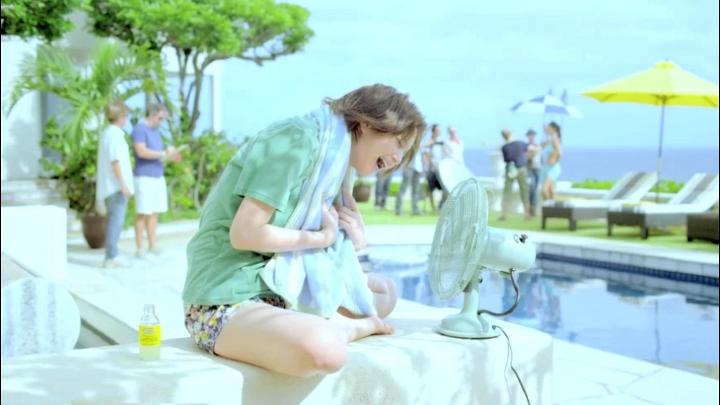 2代目【GTO】神崎麗美(本田翼)C1000第3弾、扇風機で髪を乾かす