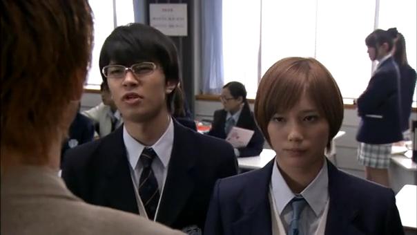 2代目【GTO】卒業SP神崎篇、クラスのケンカに教室を出る神崎