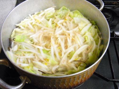 131103-223野菜煮ている所(S)