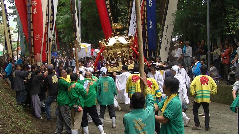 お祭り 神輿