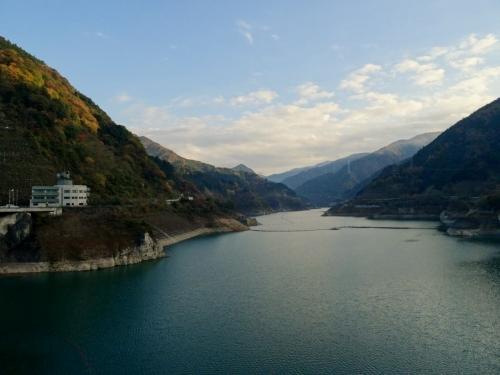 11浦山ダム(さくら湖) (1200x900)