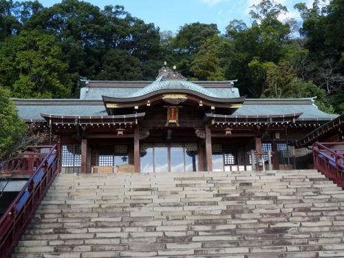 7諏訪神社拝殿 (1200x900)