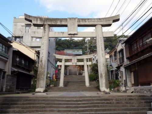 4諏訪神社参堂 (1200x900)