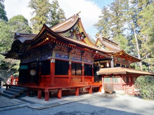 6貫前拝殿と本殿 (1200x900)