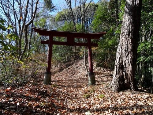 5国峰本丸入り口 (1200x900)