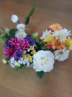 100均の造花で_R