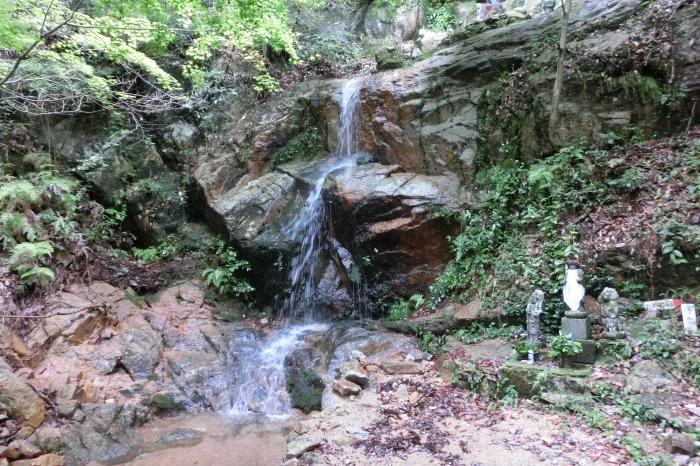 岩石山 (4)