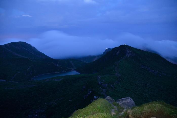 中岳 日の出前 (8)
