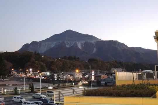 008武甲山