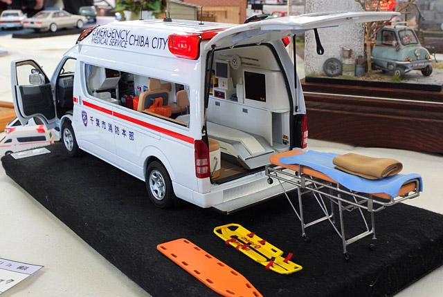 2678 救急車 640×430