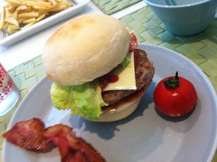 手作りハンバーガー2