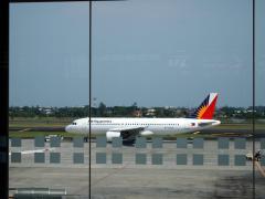 マニラ空港のPAL機