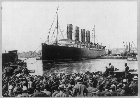 Lusitania_in_New_york_13_sept_1907.jpg