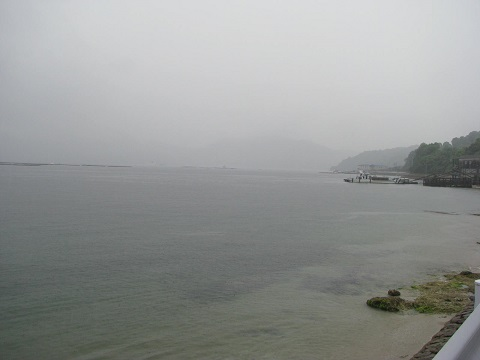 IMG_2373瀬戸は時雨れて