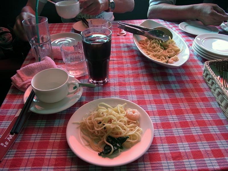 lunch03-20130811.jpg
